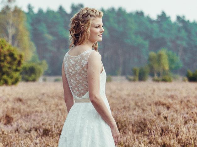 """romantisches Vintage Brautkleid Spitze """"Reika"""" - elementar Brautkleider 2018"""