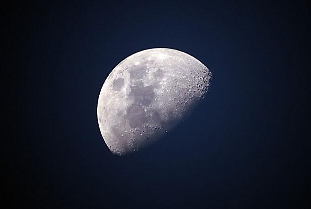 Mond Berlin Prenzlauer Berg