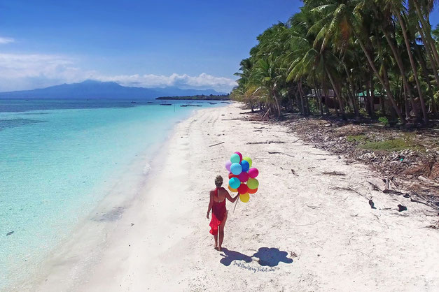 San Juan Beach Siquijor Island, Philippines. Photo © @Just1WayTicket www.justonewayticket.com