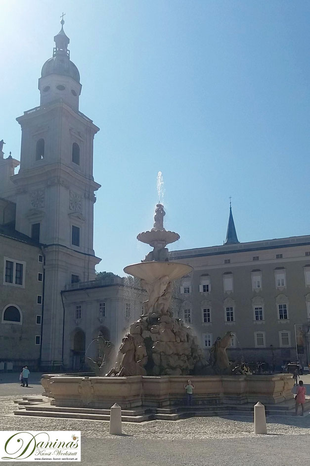 Alte Residenz am Residenzplatz - neben dem Salzburger Dom
