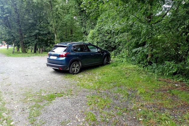 Et la voiture est toujours là!