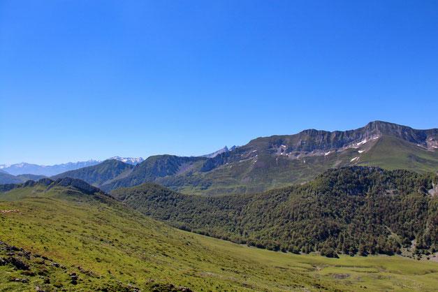 Vers le Pic Mondragon.