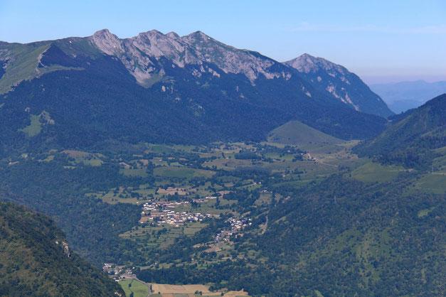 Bilhères, le Plateau du Benou et les sommets qui le dominent (Rocher d'Aran, L'Ourlènotte, L'Ourlène...)