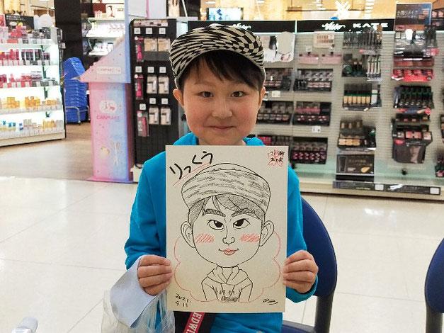 岩手県のさくら野百貨店・北上店で描いた子供の似顔絵