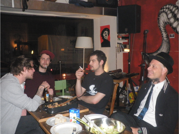 Inox having lunch before the gig with the team of the Off Bar in Basel  (taken by Dieter Mauson)
