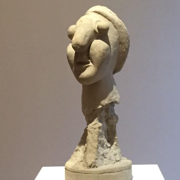 『女性の頭部』