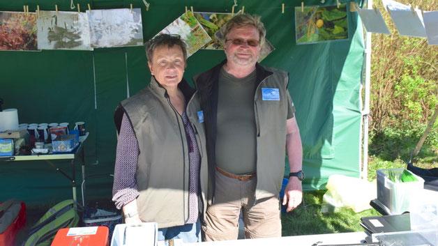 Renate und Theodor Hildebrecht informierten am Stand des Fördervereins über das Himmelmoor