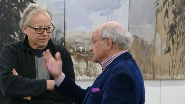 Unterhielten sich angeregt über die Quickborner Kulturszene: Edwin Zaft, 2. Vorsitzender des Kunstvereins, und Johannes Schneider, 1. Vorsitzender des Kulturvereins (v.l.)