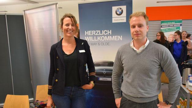 Freude an der Arbeit in einem Autohaus versuchten die Repräsentanten des BMW-Händlers May und Olde zu vermitteln