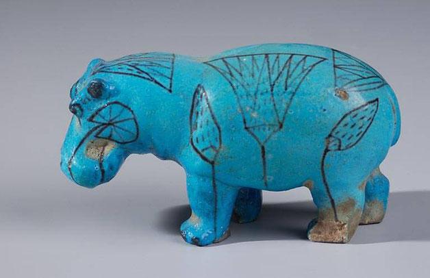 Hippopotame en faïence bleue