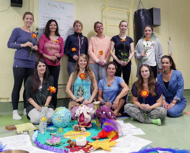 Erstes Kinderyoga Ausbildungswochenende in Wädenswil im September 2019 mit Rebekka Böttcher (rechts) von Kids Yoga zu Gast