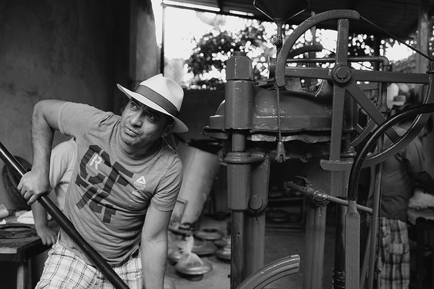 That's how a Panama hat is made - Domingo Carranza