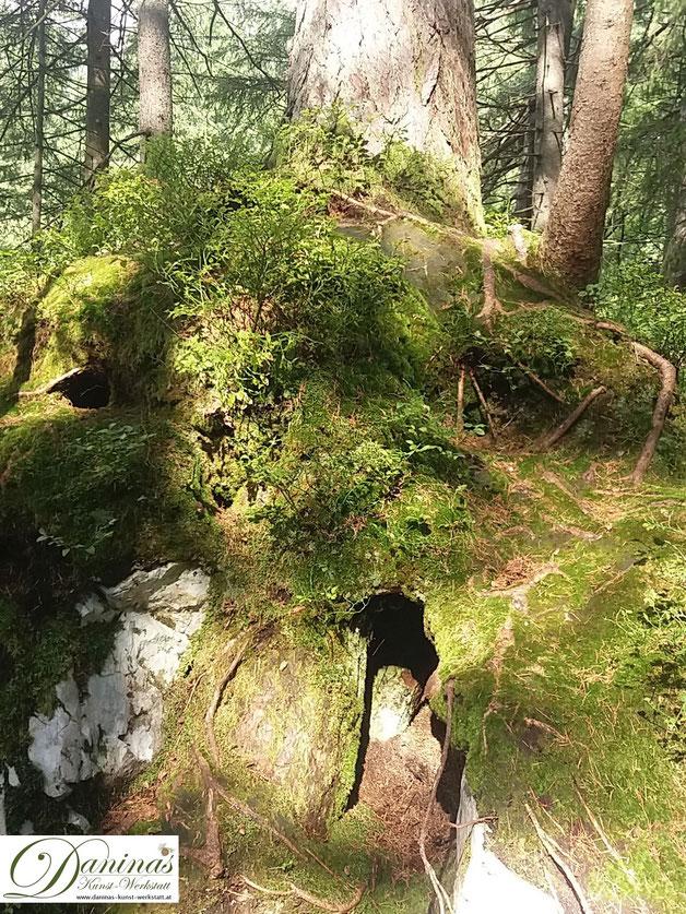 Im Zauberwald - ein Zwergen Bau?