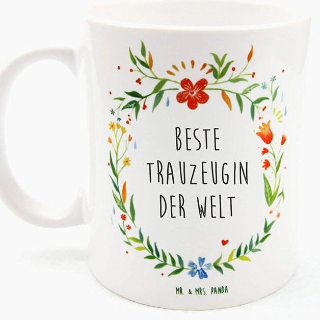 Bild: Geschenkideen für Trauzeugin und Brautjungfern, gefunden auf Partystories.de, Tasse von hochdietassen
