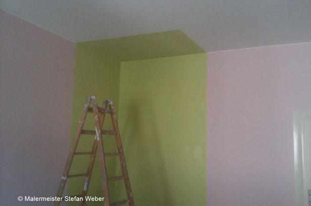 Frisch gestrichenes Kinderzimmer
