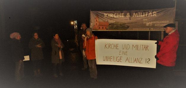 Unser Protest am 11. Dezember 2019 gegen das Militärkonzert in der Kirche Bad Segeberg