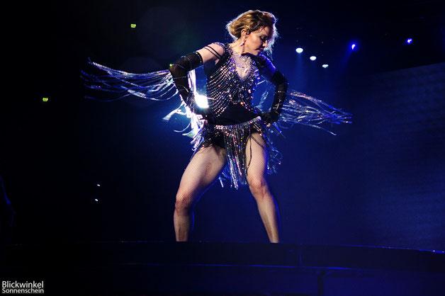 Neue Bilder von Madonna - Köln Lanxess Arena Rebel Heart Tour