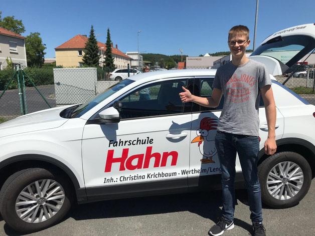 Lukas Ritzler hat am 27.06.2019 in Marktheidenfeld die Führerscheinprüfung bestanden
