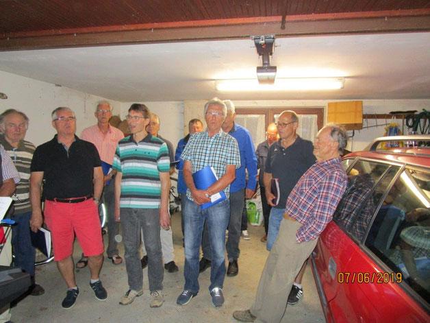 Ein Besuch bei unserem ehmaligen Sänger Hans Aller zum Geburtstag, Flucht in seine Garage  wegen eines Gewitters.