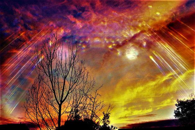 L'apparition de signes extraordinaires dans les cieux entraîne la crainte de tous les humains quelle que soit leur position. En effet, ils comprennent que Dieu intervient sur la terre et qu'il va leur demander des comptes.