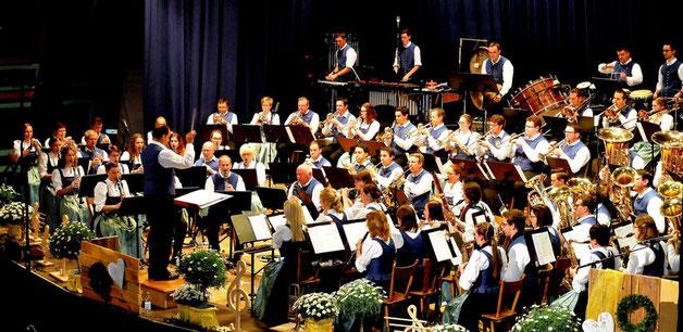 Die Musikkapelle Reute-Gaisbeuren beim Osterkonzert 2017