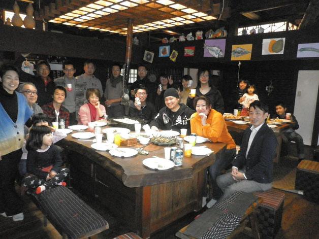 2014くれぱす忘年会12月28日第1グループ記念写真:14時~21時参加者47名&パンダ旅館にご宿泊6名
