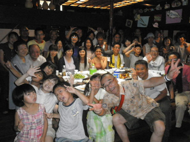 2015くれぱすBBQ懇親会7月26日第2グループ記念写真:参加者は昼夜あわせて55名&パンダ旅館にご宿泊5名
