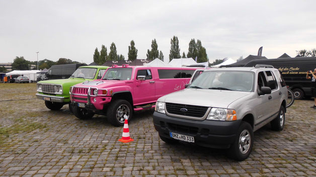 Bild: Street Mag Show, HDW, Hannover, 2016, Ford Explorer, Love is pink, US-Cars