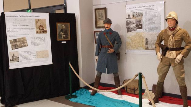 Uniformes d'époque de soldats français