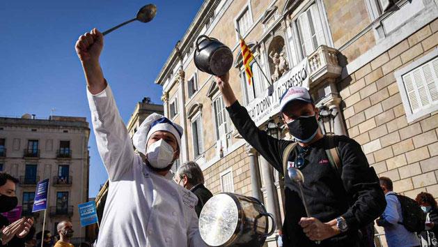 Буря возмущения в Каталонии новыми запретами властей