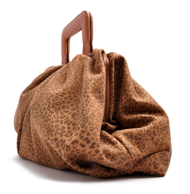 OSTWALD Bags . Finest Couture . Handcrafted Leatherbag . Clutch . Smooth Clutch . colour cognac & leoprint