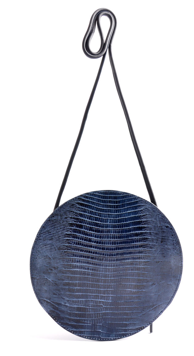 OSTWALD Bags . Finest Couture . Handcrafted Leatherbag . Crossbody Bag . Bubble . colour navy blue
