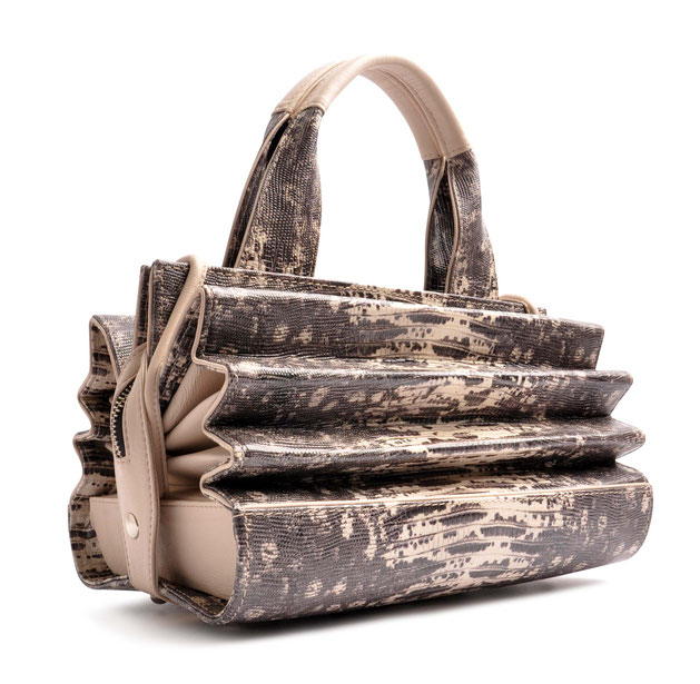 OSTWALD Bags . HARMONICA . OSTWALD Art Couture Bag.  Handbag . Handcrafted Leatherbag . white and grey  Artbag . Slow fashion. Contemporary Clutch . Purse