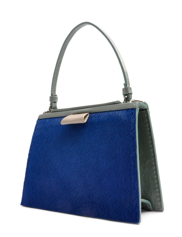 OSTWALD Bags . Finest Couture . Handcrafted Leatherbag with  Fur .  Tote . Turtle Edge . Leather bag in blue and green . Slowafashion