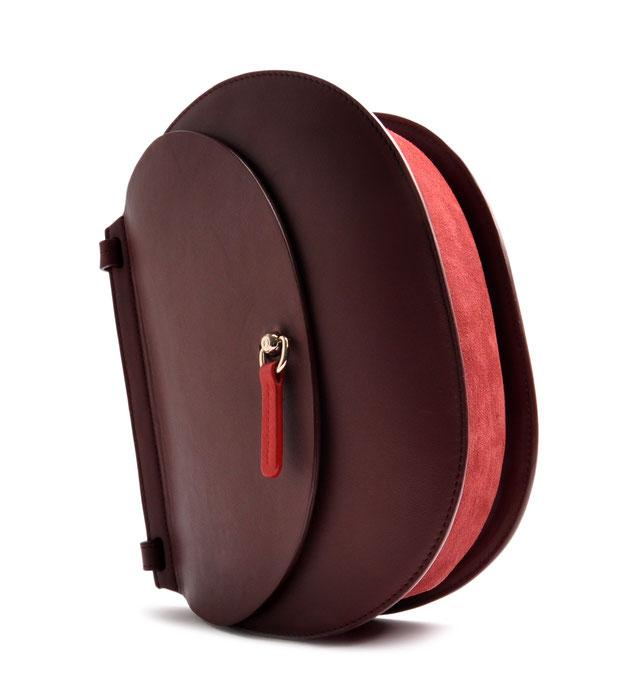 OSTWALD Bags . Finest Couture . Handcrafted Leatherbag . Saddle Bag . Shoulder bag . red