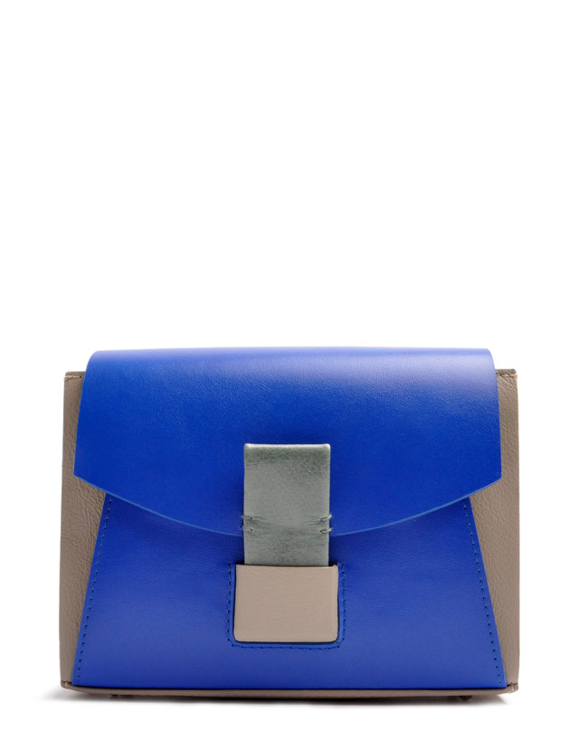 OSTWALD Bags . Finest Couture . Handcrafted Leatherbag . Glide Loop Shoulderbag . Leatherbag in blue grey and salvia . Slowfashion
