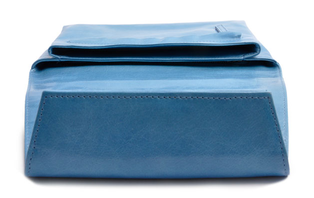 OSTWALD Bags . Finest Couture . Handcrafted Leatherbag . Clutch . Envelope Clutch . blue . Slow fashion