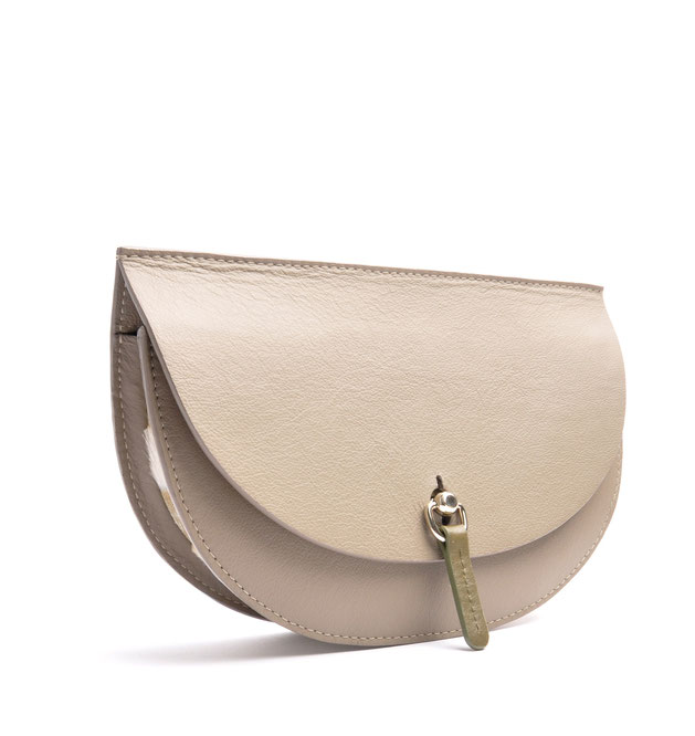 OSTWALD Bags . Finest Couture . Handcrafted Leatherbag . Saddle Bag . Bodybag . taupe olive white