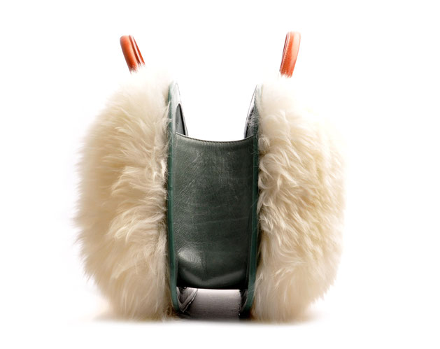 OSTWALD Bags . Finest Couture . Handcrafted Leatherbag . Tote . Bubble . colour salvia cognac white fur
