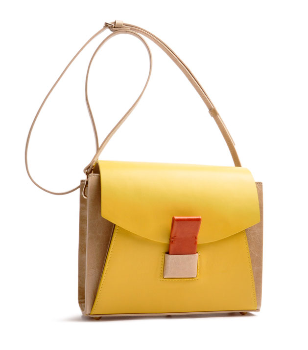 OSTWALD Bags . Finest Couture . Handcrafted Leatherbag . Glide Loop Shoulderbag . Leatherbag in yellow, beige and cognac. multicolored purse . Slowfashion