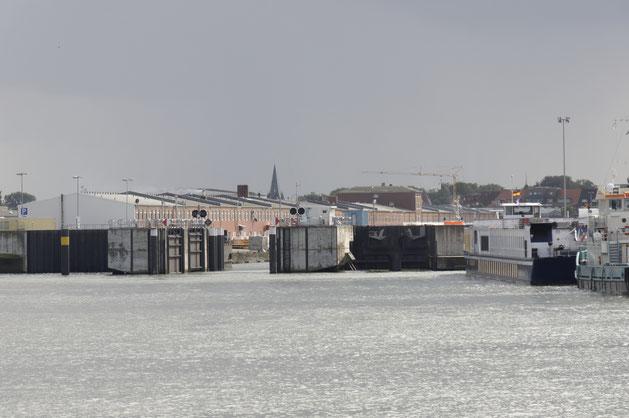 Vorhafen Cuxhaven