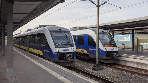 648 179 der evb (Eisenbahnen und Verkehrsbetriebe Elbe-Weser),  RB33 -> Buxtehude und 648 176, RB33 -> Cuxhaven, Bahnhof Bremerhaven Hauptbahnhof, Taken on 7 May 2020