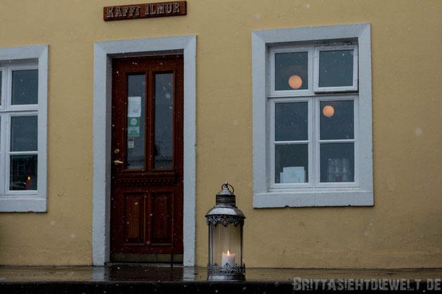 Akureyri,Kaffi,Ilmur,Iceland,family,north,car,snow,tipps,winter,february