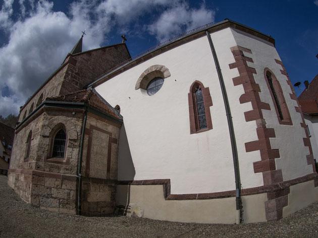 Kirche Bettenhausen vom gotischen Chor aus gesehen - Aufnahme mit dem Fisheye-Objektiv