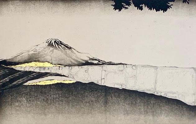 「美しき不二」  20× 31.6cm   木版画、金箔