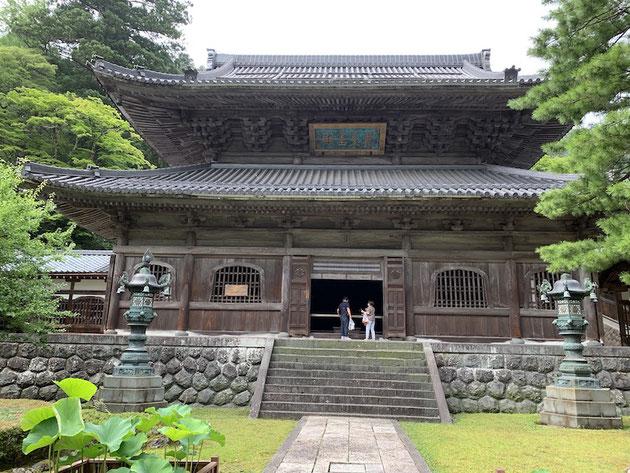 永平寺の仏殿