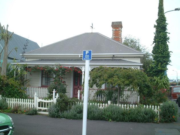 とてもかわいいデザインのお家 グリーンは必須ですね