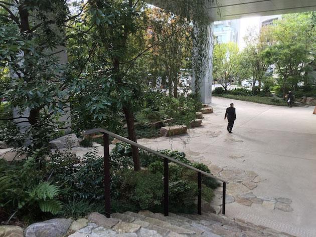 緑が確りとある植栽空間が現れた!これはいい感じだ!!!