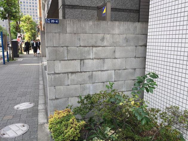 多分普通のCB又はCPの壁だと思うのですが、積み方が面白くて素敵!