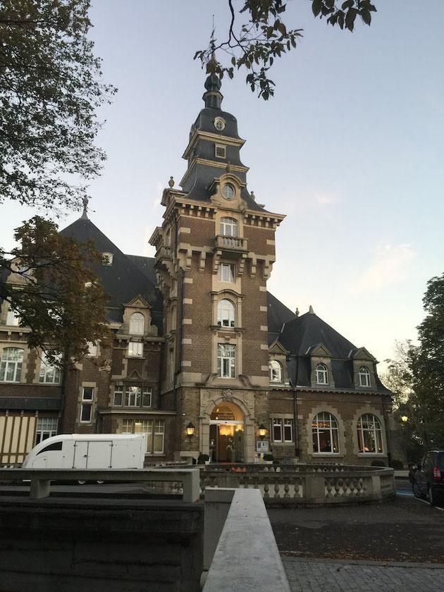 3日目のディナーはベルギーのお城で!